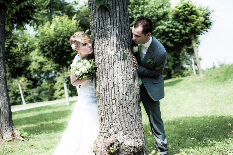 Lustiges Hochzeitsfotoshooting