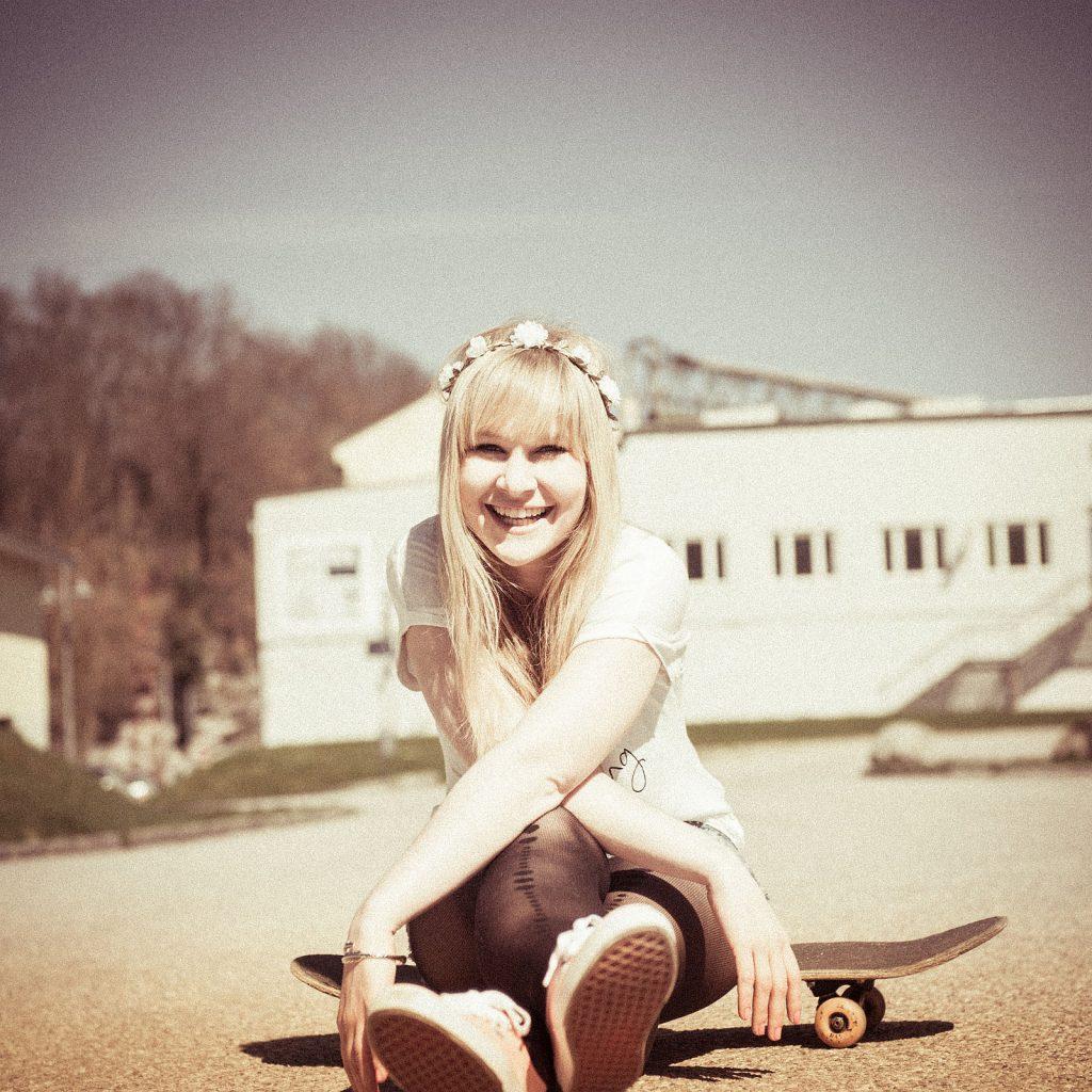 Fotoshooting mit Skateboard + Karola